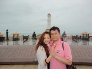 海南島海上の観音像は世界最長で圧巻